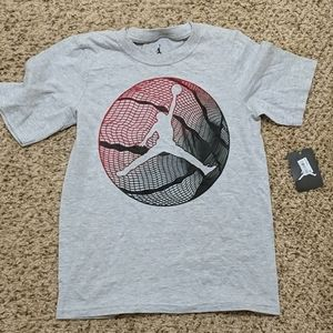 Nike Jordan Boys Formation Basketball Tee, new,